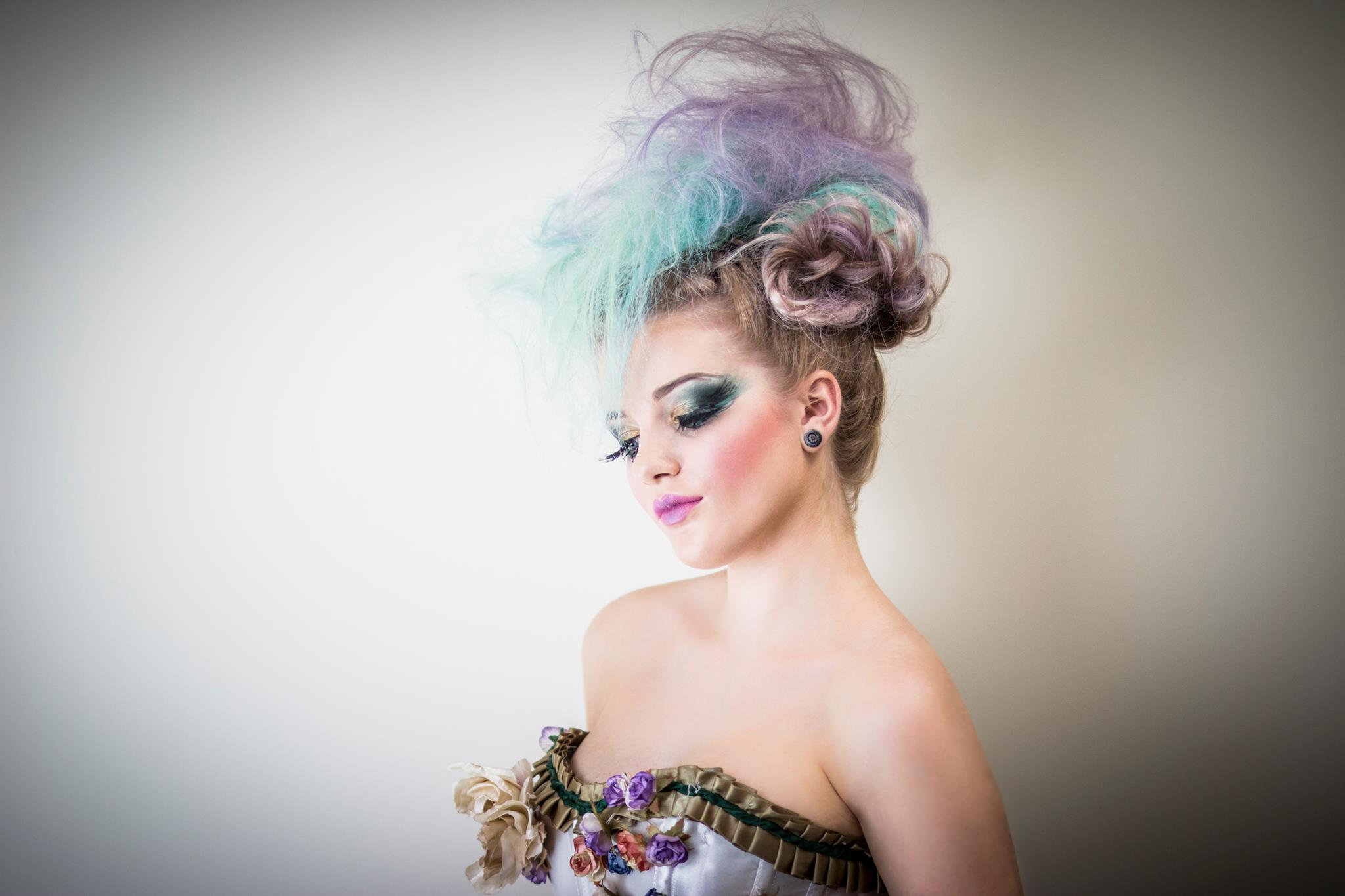 Pili_pala_shelley_pengilly_Jessica_verity_shelleys_salon_Bridgend_Aberkenfig_Hairdressers_Hair_Stylists